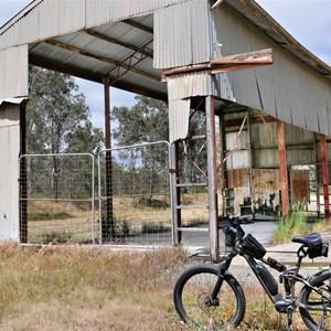 Superphosphate storage shed (ruins)
