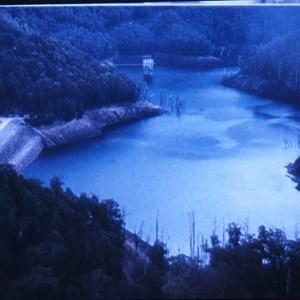 Reservoir inlet/outlet at rear