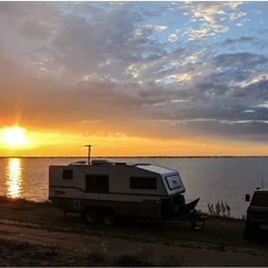 Pamamaroo Lake Campground